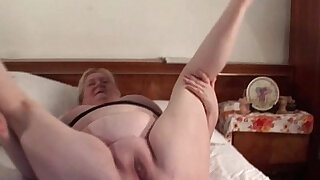 Lucky excited mature in stockings gets fat pussy fucked