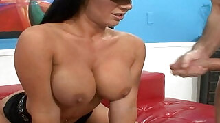 Stunning busty poilice babe rimmed and jizzed