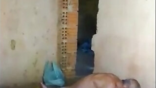 Indian Young And Old Couple Masti Secretly In Mobile Of Neighbour Wowmoyback