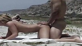 Sexe Amateur to the Beach Free Porn