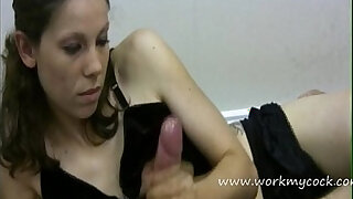 Lady boss aims to explode a lot of cum from employee